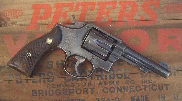 colt-revolver1