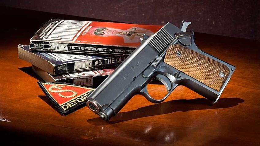 classics-detonics-combat-master-pistol-f